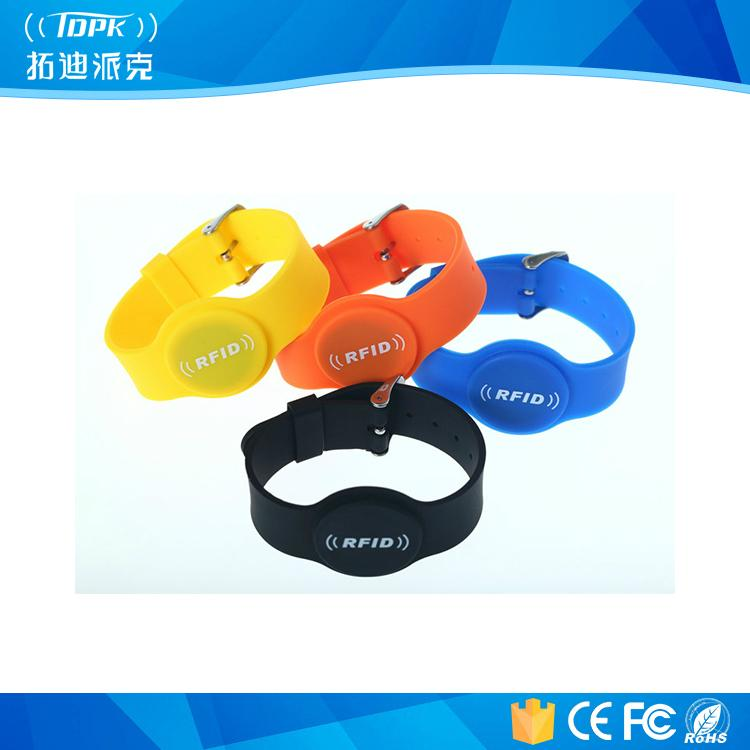 Rewearable Hotel and Payments Silicone RFID Watch Wristbands 1