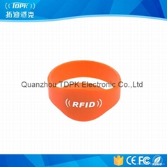 Reusable Contactless Lf 125kHz RFID Silicone Wrist Band