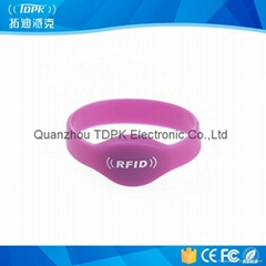 Em4200 Silicone RFID Wristband for Fitting Club