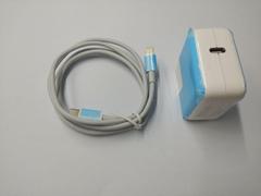 iPhone 接口Type C 接口 線長1.2cm  USB-C 18W Power Adapter