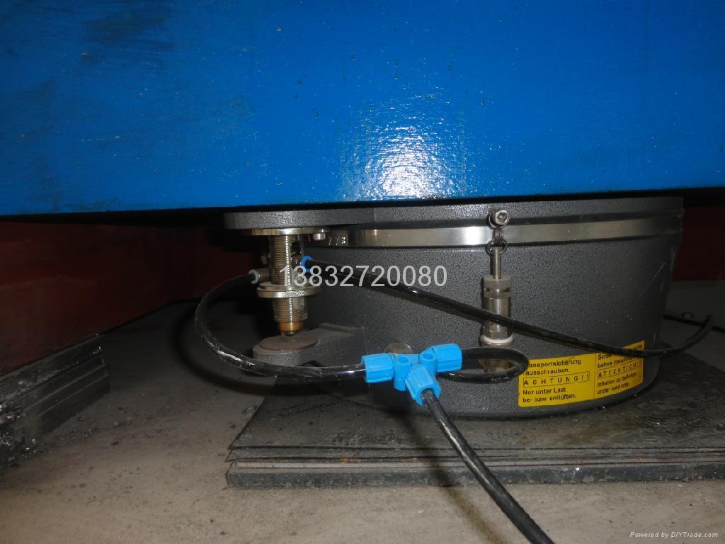 空气弹簧减震铁地板 1