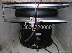 發動機鐵底板採用德國Bilz(比爾茲)空氣彈簧