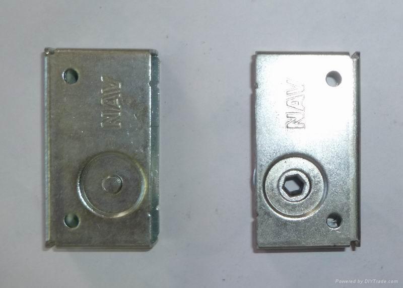 LED顯示屏箱體小邊鎖 3