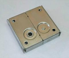 LED顯示屏箱體連接小鎖扣
