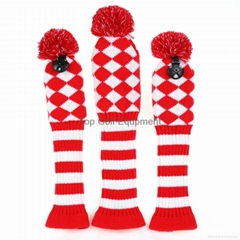 Red Diamond Knit Pom Pom