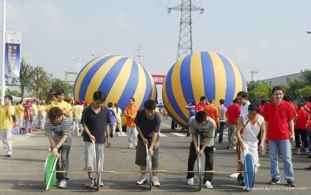 充气落地气球 3