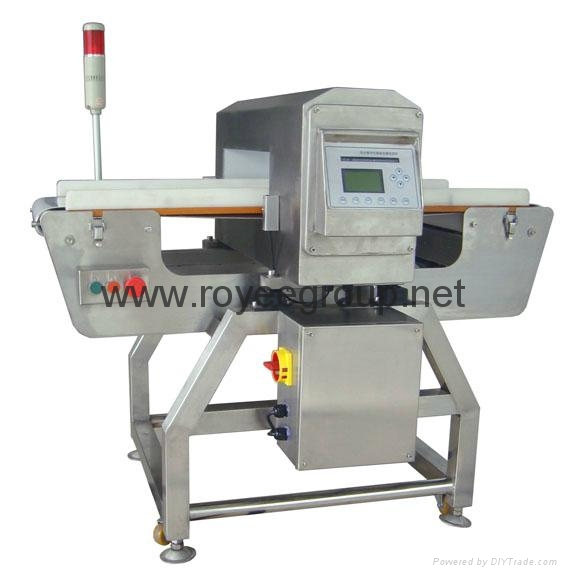Industrial conveyor system metal detector for cans, jars, bottles package