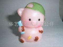 搪胶猪公仔玩具