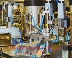 自動定量塗油噴油機