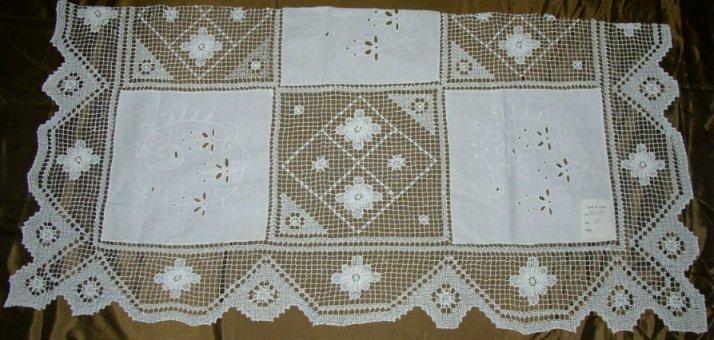 tuscanylace tablecloths