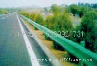 高速公路波形梁钢护栏 3