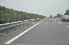 高速波形護欄工程