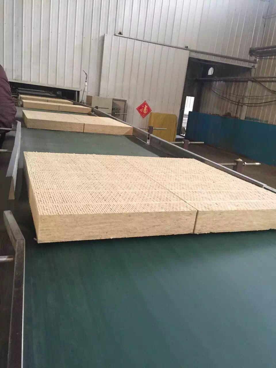 河北供应高密度防腐保温岩棉板厂家定制家装建材隔热抗压岩棉板 1