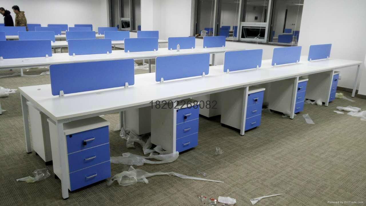 辦公桌椅出售 2