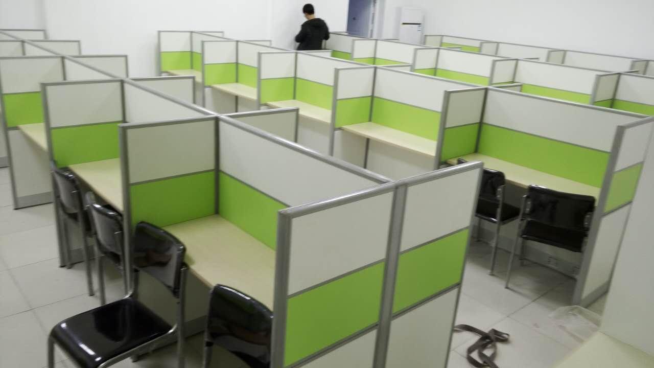 話務桌 5