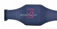 2013时尚LED电子表 网络爆款超薄方形触摸屏LED表