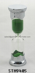 Small size sand timer with si  er metal cover and the height of 11.6cm-STM9405