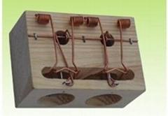 木製老鼠孔