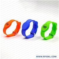 深圳硅胶厂家定制铁扣手表腕带 RFID腕带 高频低频手环