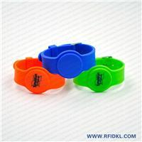 深圳硅胶厂家定制铁扣手表腕带 RFID腕带 高频低频手环 4