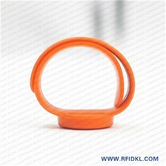 江林卡廠供應可調拍拍硅膠腕帶 RFID手環