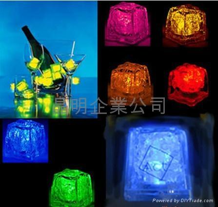 LED发光冰块 1