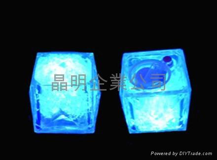 LED发光冰块 3