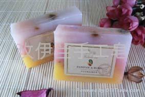 木瓜玫瑰滋润嫩白手工精油皂 1