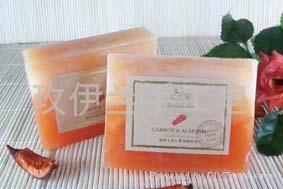 玫伊蘭品牌手工精油皂胡蘿蔔杏仁營養嫩膚皂 1
