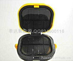 led太阳能手提灯 4