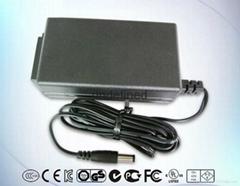 16V1500mA桌上式開關電源