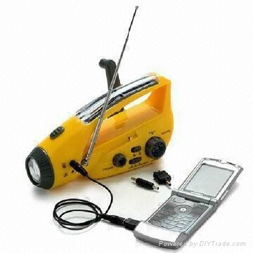 Crank Dynamo Solar Radio with Mobilephone Chargers and Flashlight 1