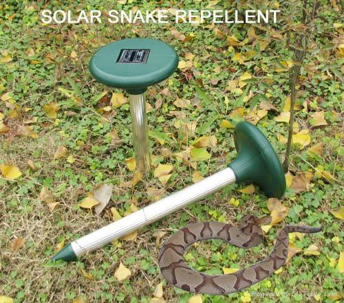 Ultrasonic Solar Snake Repeller 2