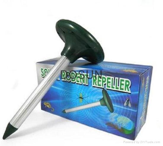 Ultrasonic Solar Snake Repeller 3