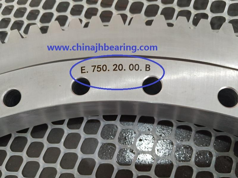 Slewing ball bearing E750.20.00.B with size 742.3x572x56mm with external teeth 1