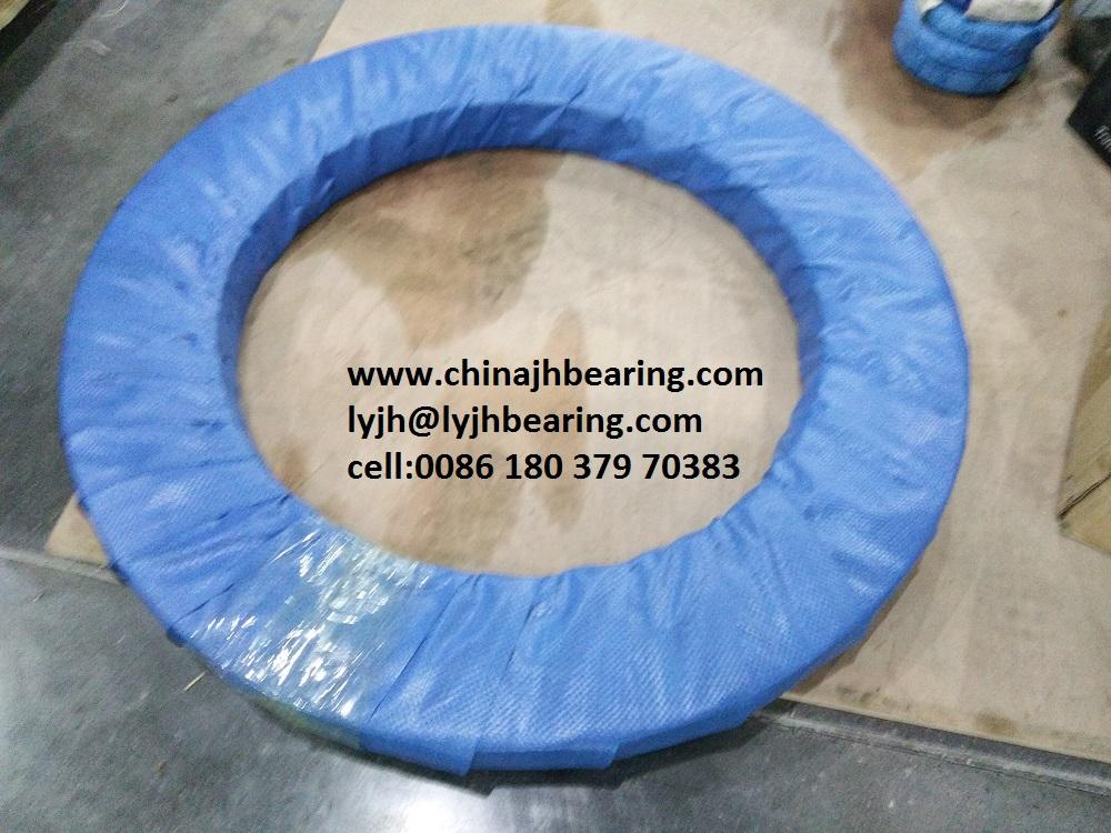 MTE-470 Belong to four point contact ball slewing bearing with external teeth, 5