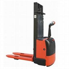 设备租赁全电动堆高车--CLE1216/CLE1229