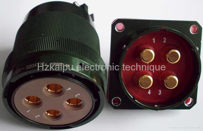 Circular power connectors