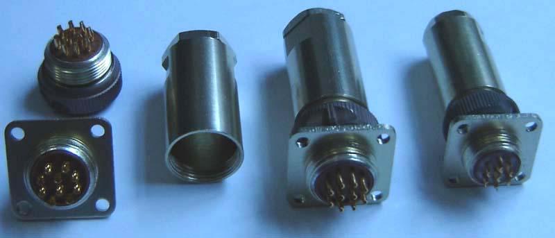 PC-7小圆形符合俄罗斯标准航空插头 4