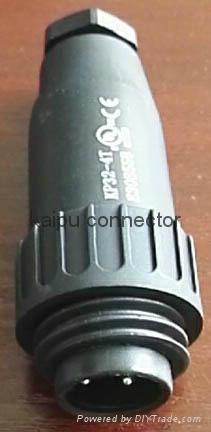 KP32型圆形塑料外壳防水4芯插头 4