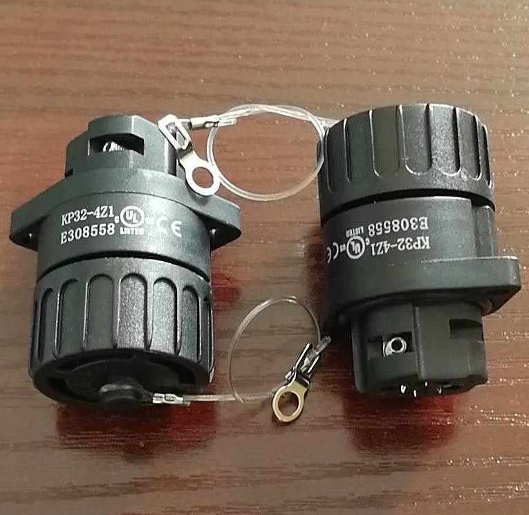 KP32型防水4芯母插座-UL认证 12