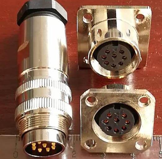 AISG系列电连接器,特规AISG方座 7