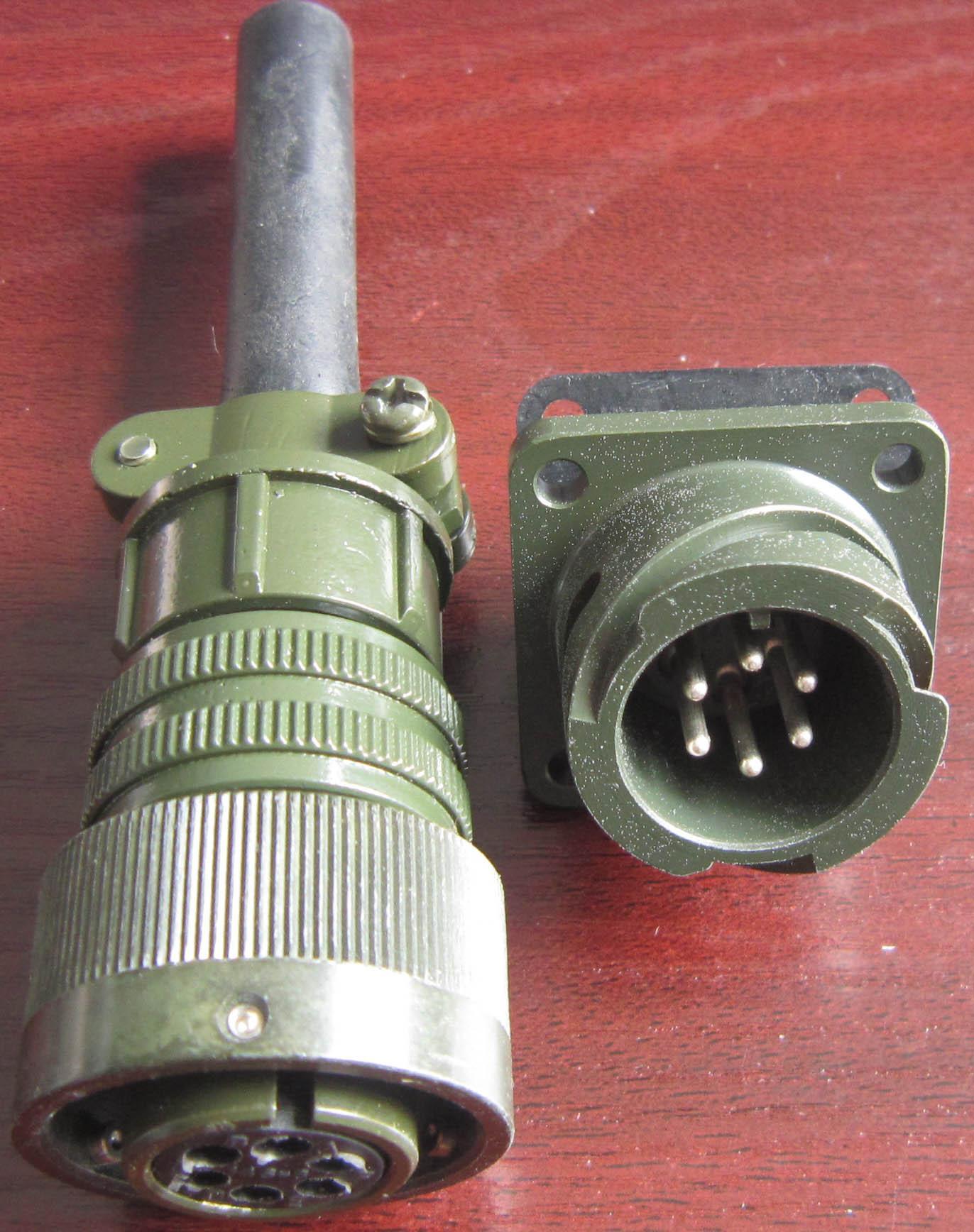 卡口插拔电连接器,航空插头 3