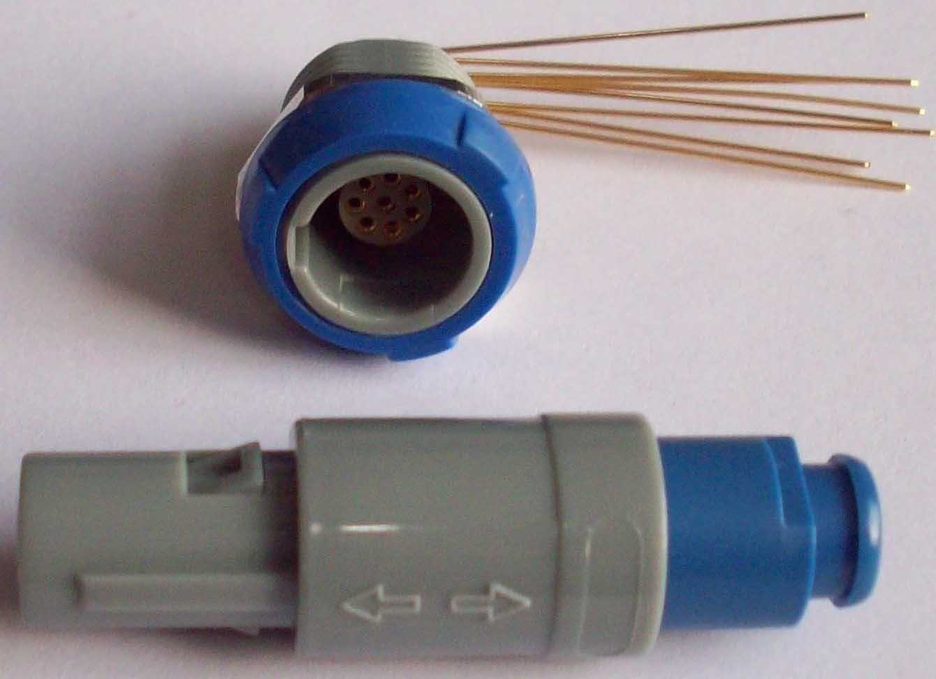塑料直拔式航空插头 8