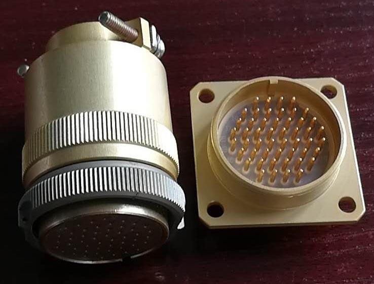 PC-50小圆形符合俄罗斯标准航空插头 1