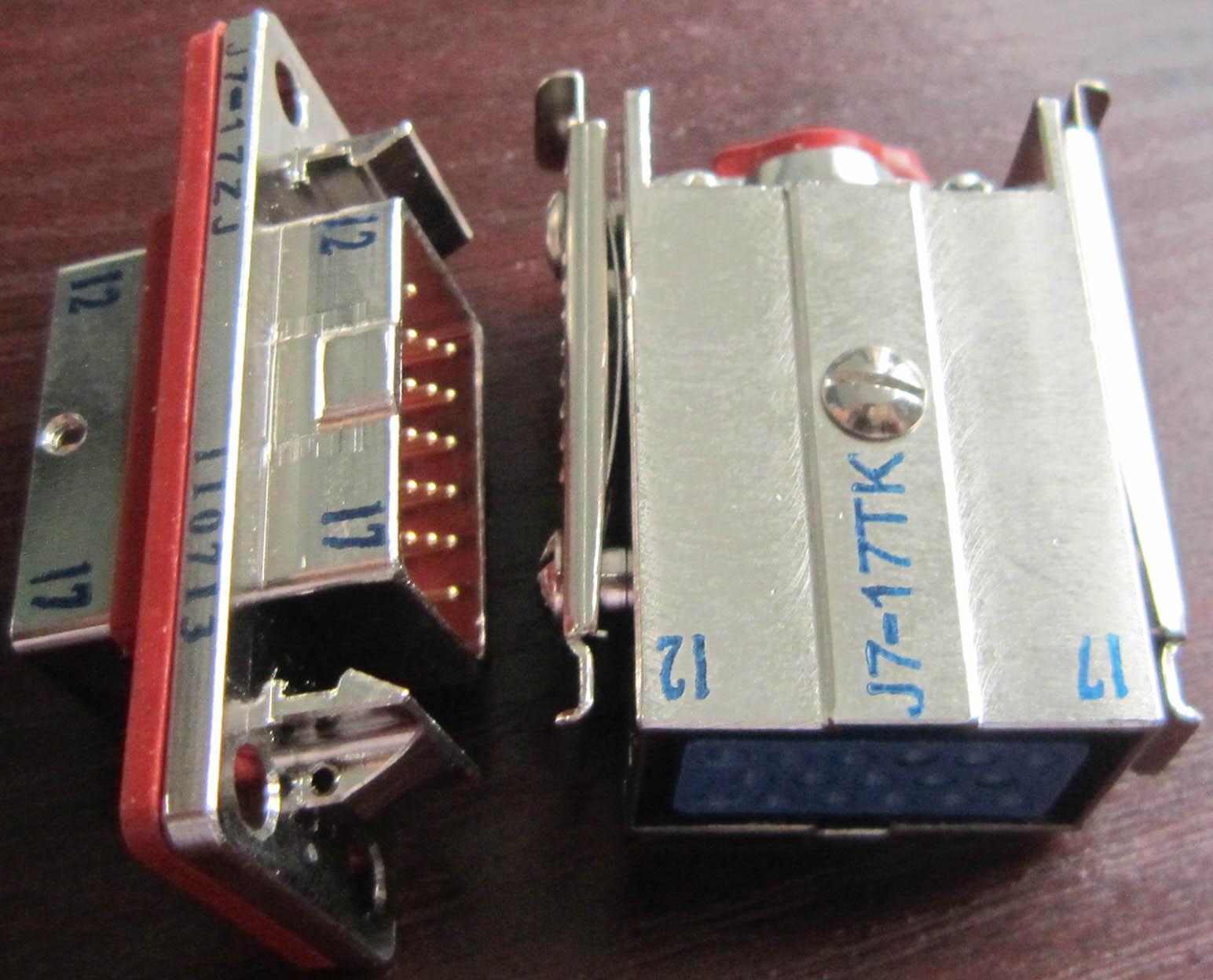C 型系列欧式矩形接插件 4