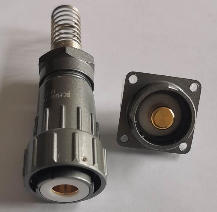 FQ24-1A 200A 大电流防水电连接器 3