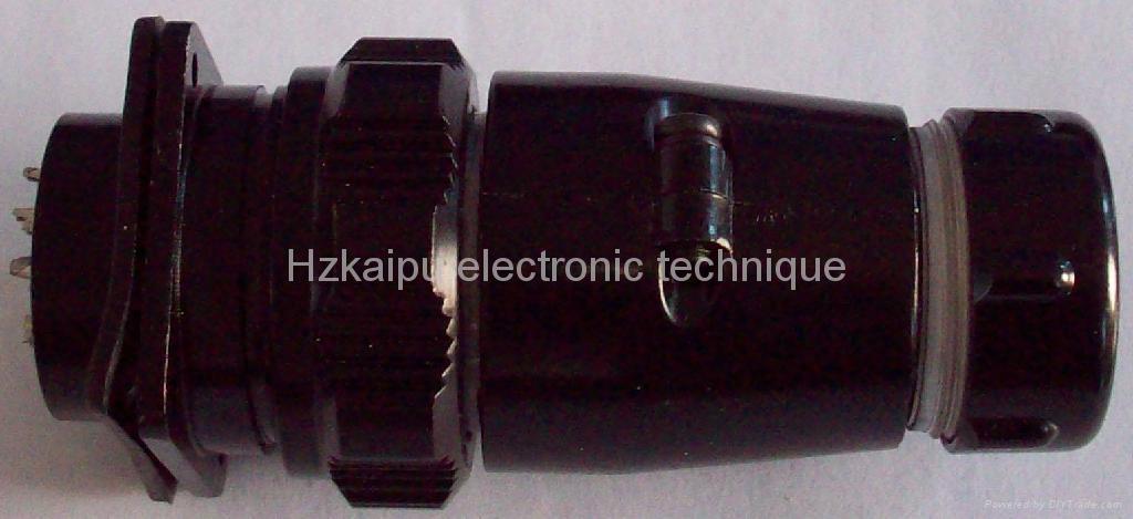 Rainproof circular connector YD32 series