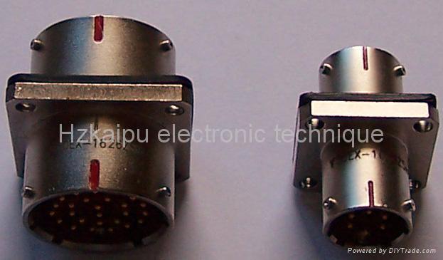 MIL-C-26482系列产品穿墙插座 1