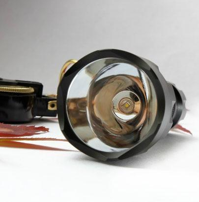 硬質氧化led強光電筒 3
